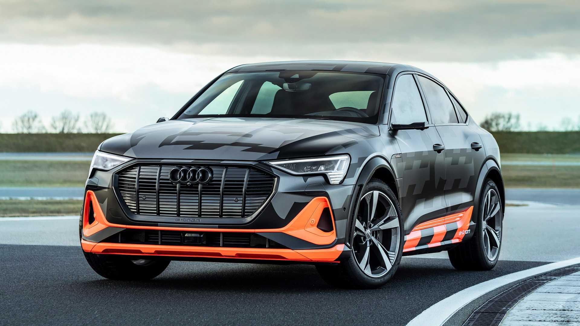 2020_Audi_e-tron_S_0023