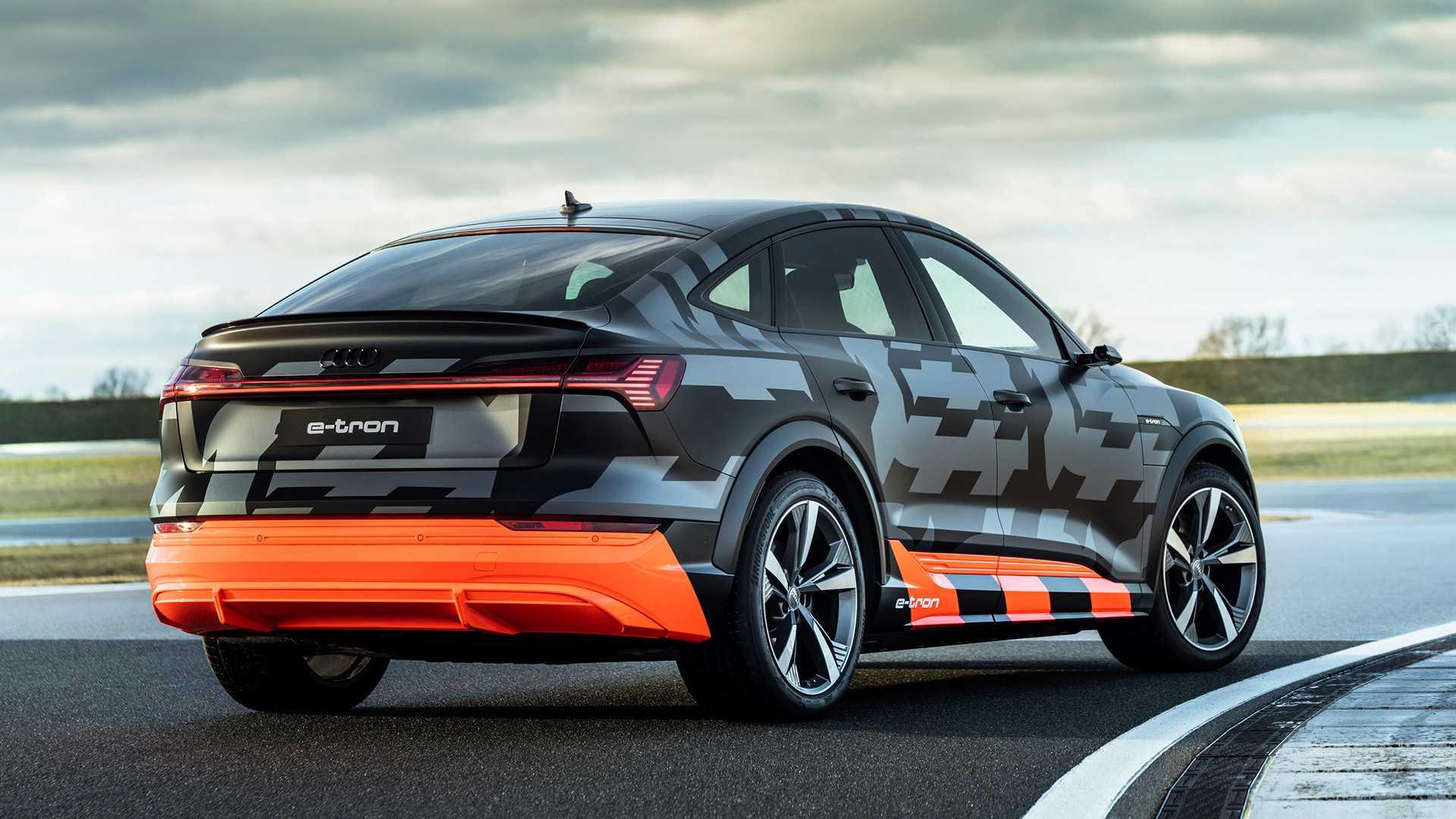 2020_Audi_e-tron_S_0040