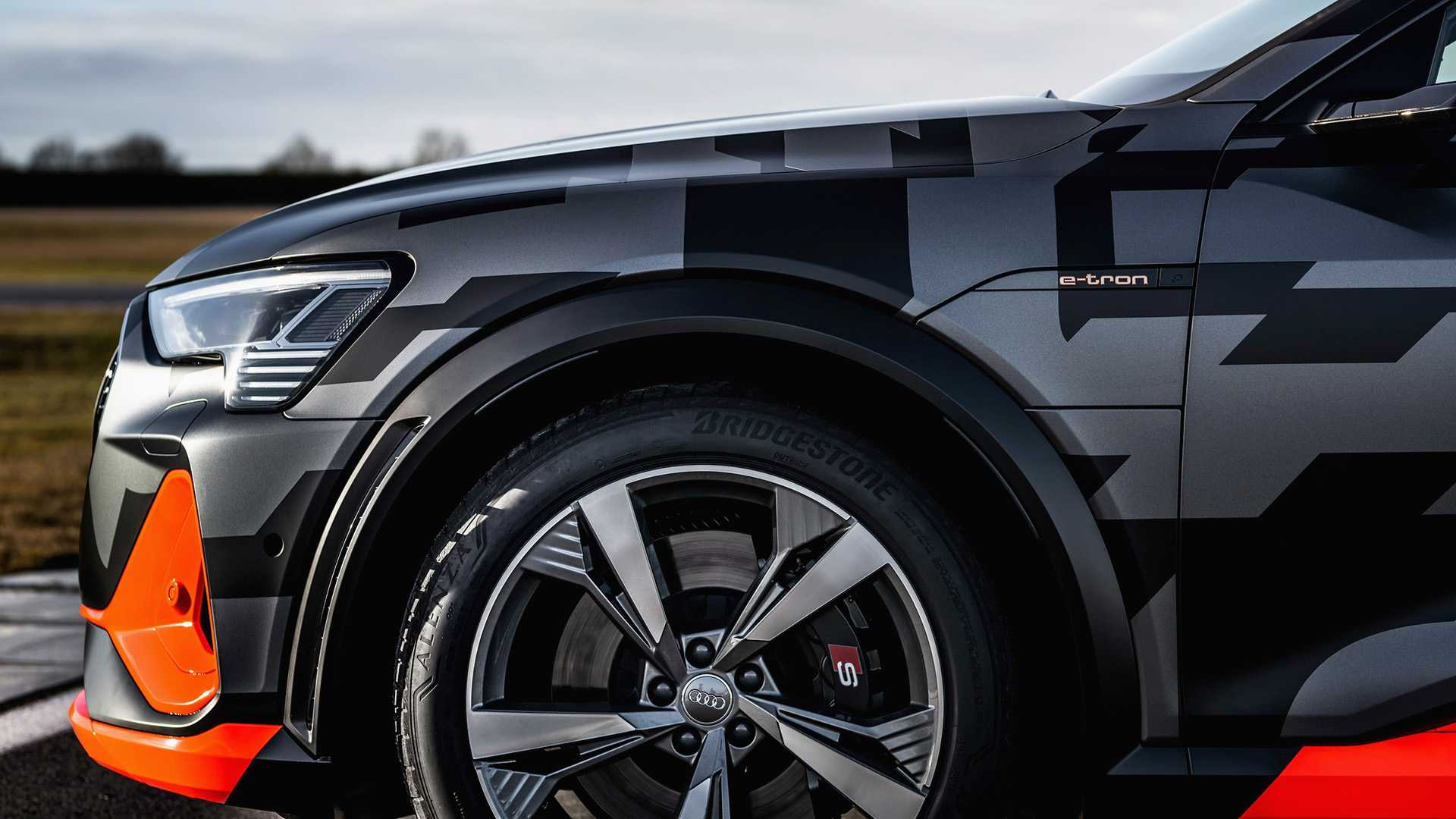 2020_Audi_e-tron_S_0048