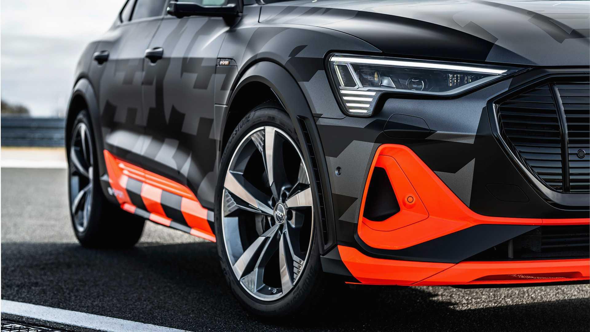 2020_Audi_e-tron_S_0050
