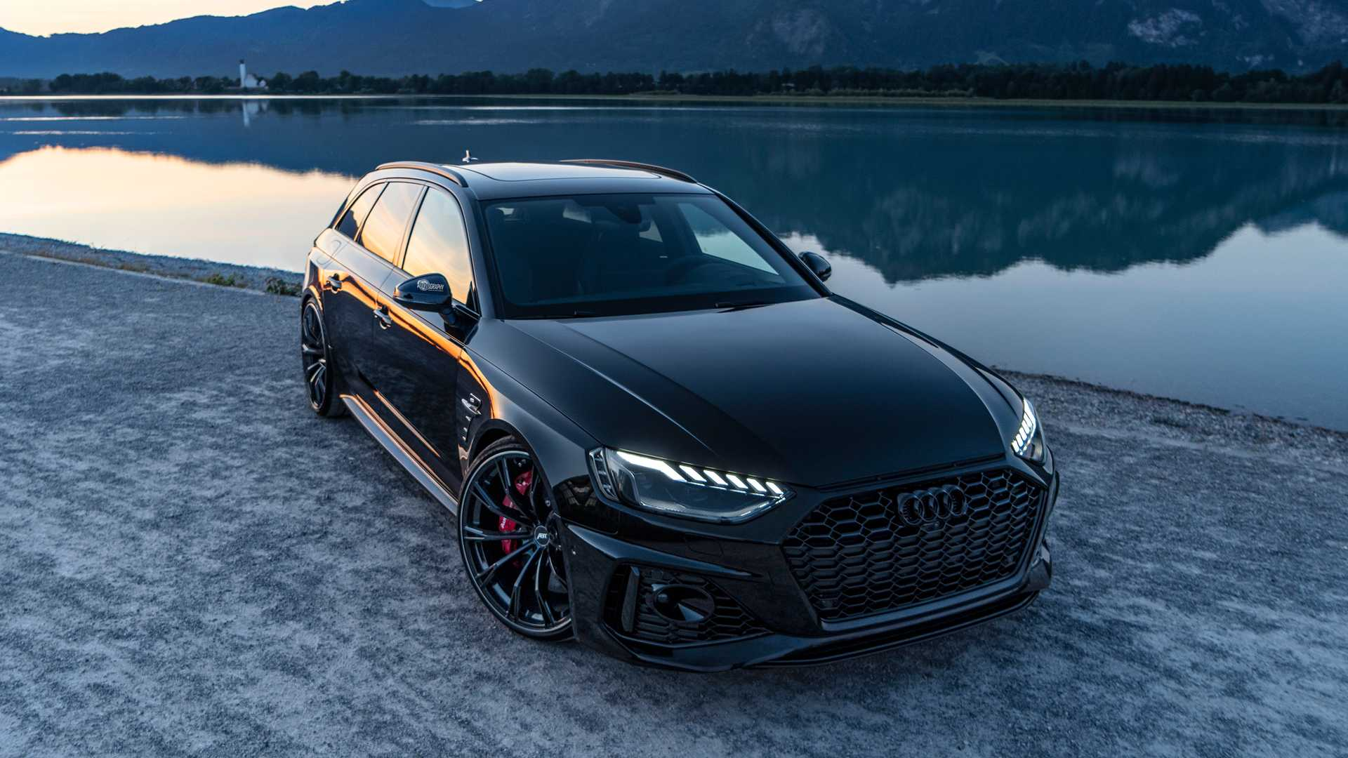 2020_Audi_RS4_Avant_by_ABT_0000