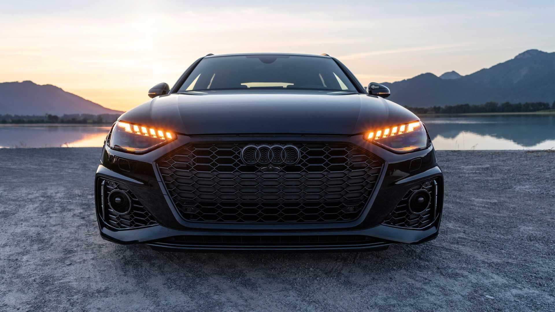 2020_Audi_RS4_Avant_by_ABT_0002