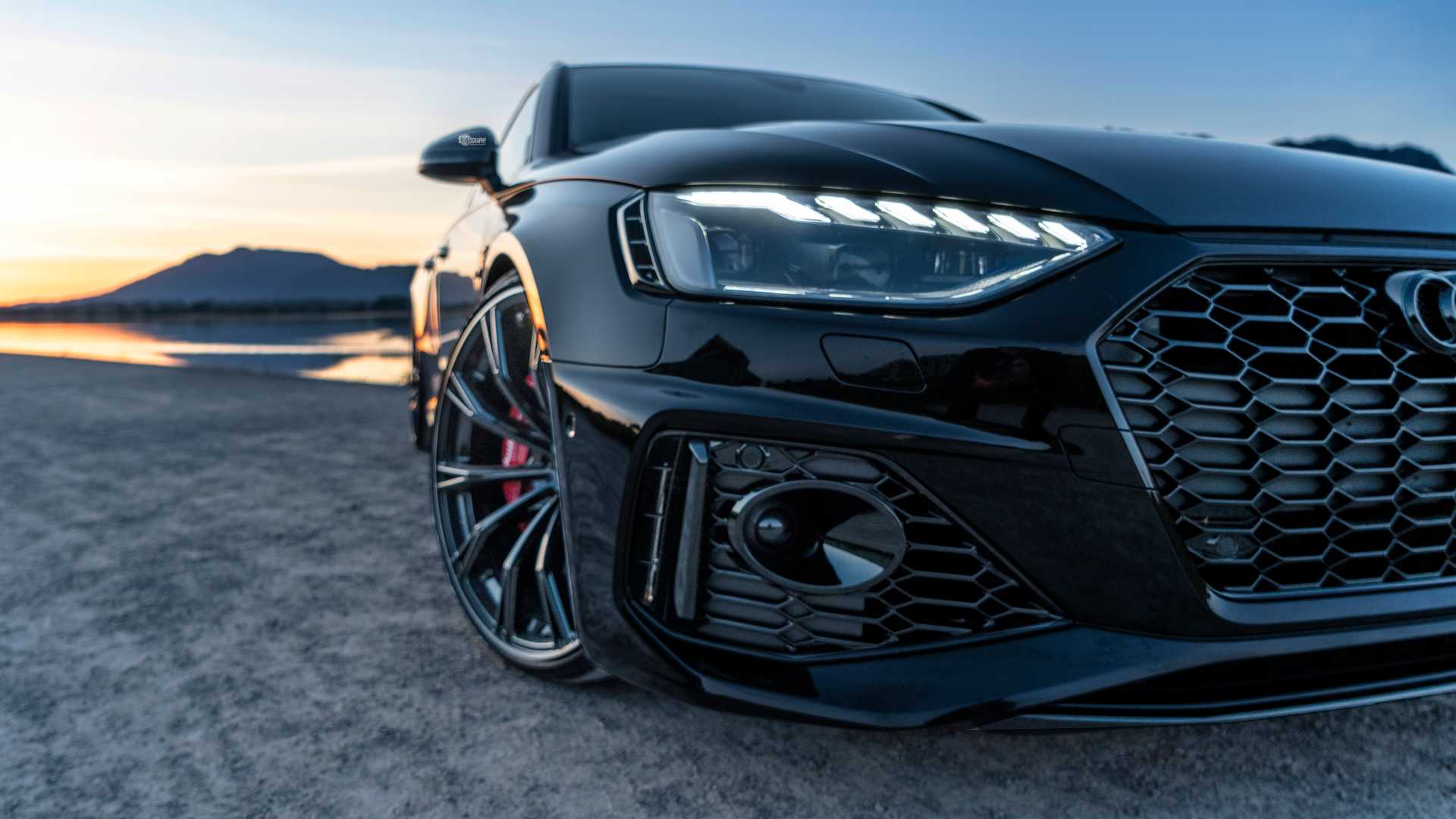 2020_Audi_RS4_Avant_by_ABT_0007