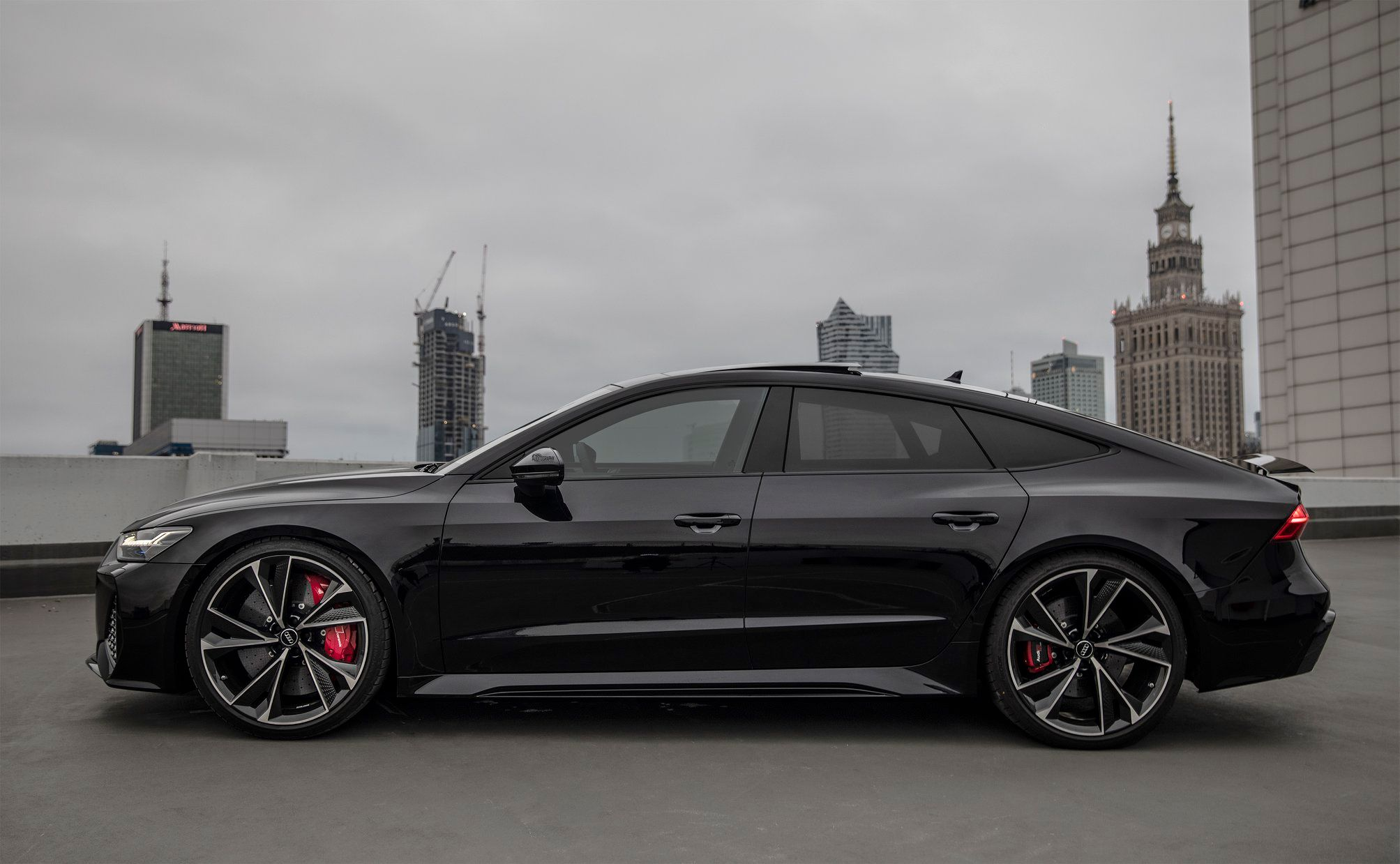 2020_Audi_RS7_Sportback_0004