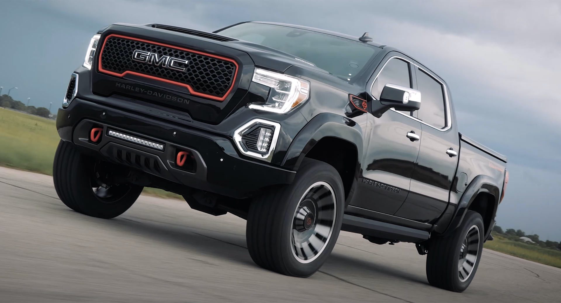 2020-GMC-Sierra-1500-Harley-Davidson-Edition-Tuscany-Automotive_0017