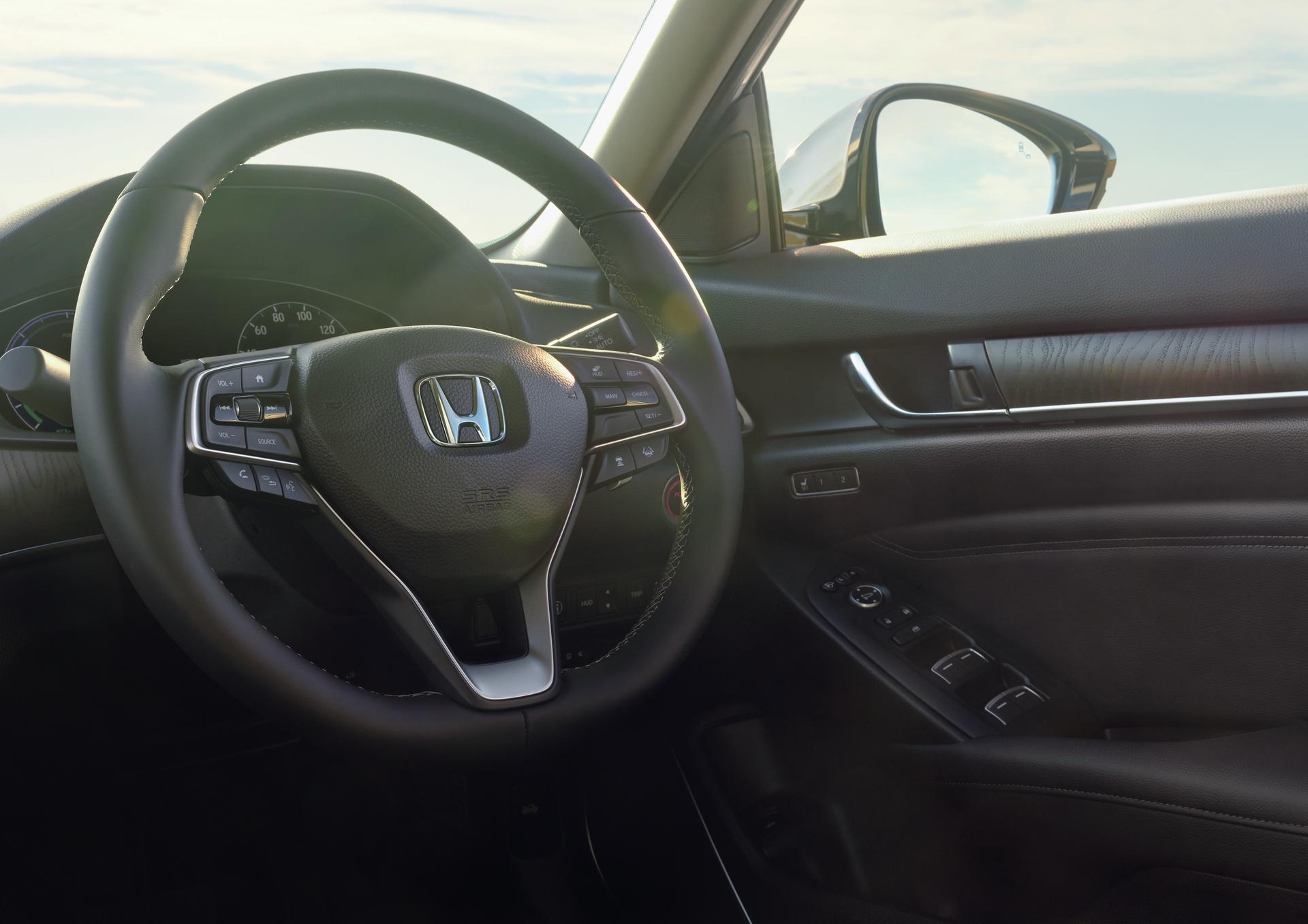2020_Honda_Accord_eHEV_JPD_0028