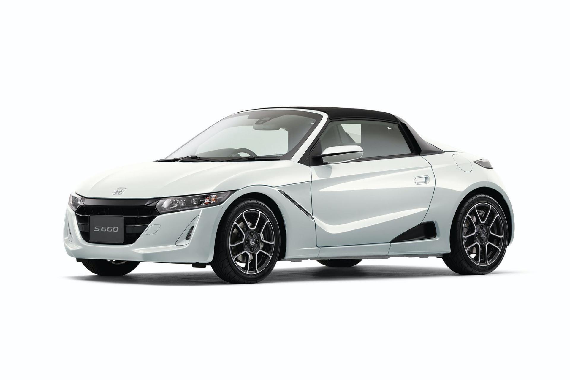 2020_Honda_S660_facelift_0011
