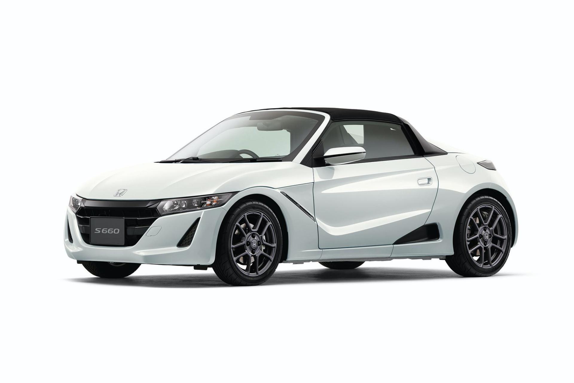 2020_Honda_S660_facelift_0018