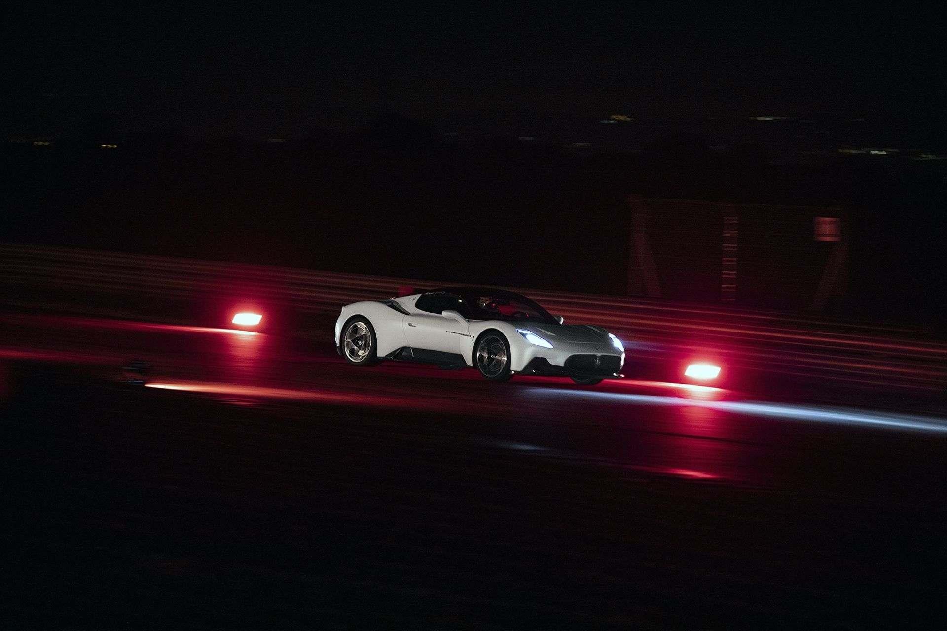 Maserati_MC20_0002