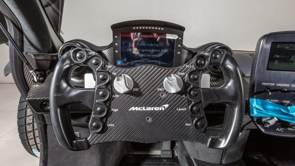 2020_McLaren_Senna_GTR_sale_0008
