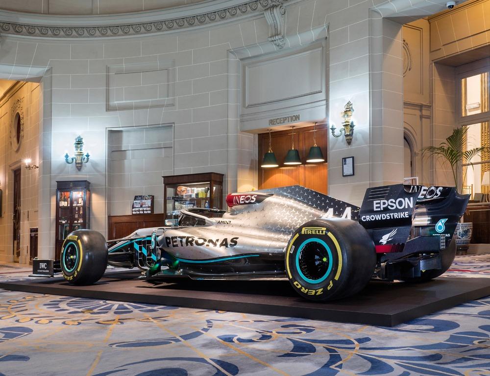 2020_Mercedes_F1_livery_0002