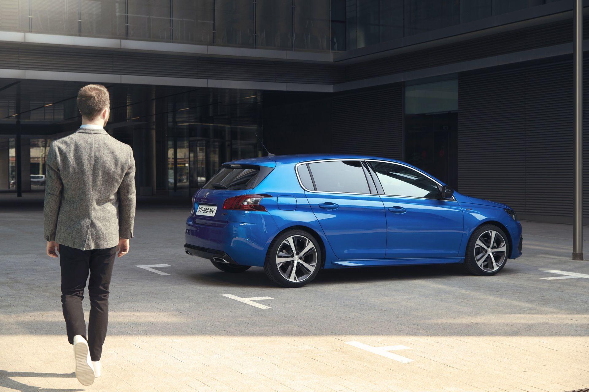 2020_Peugeot_308_facelift_0000