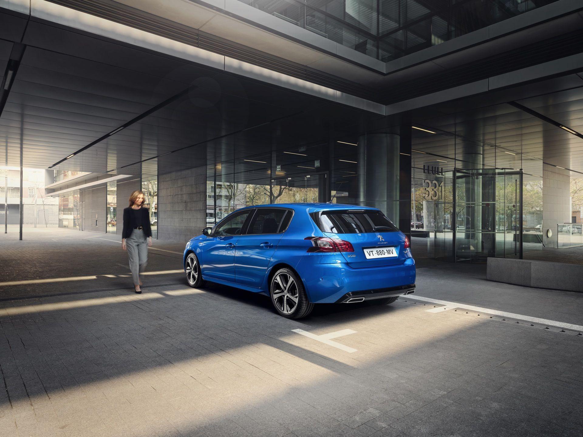 2020_Peugeot_308_facelift_0001