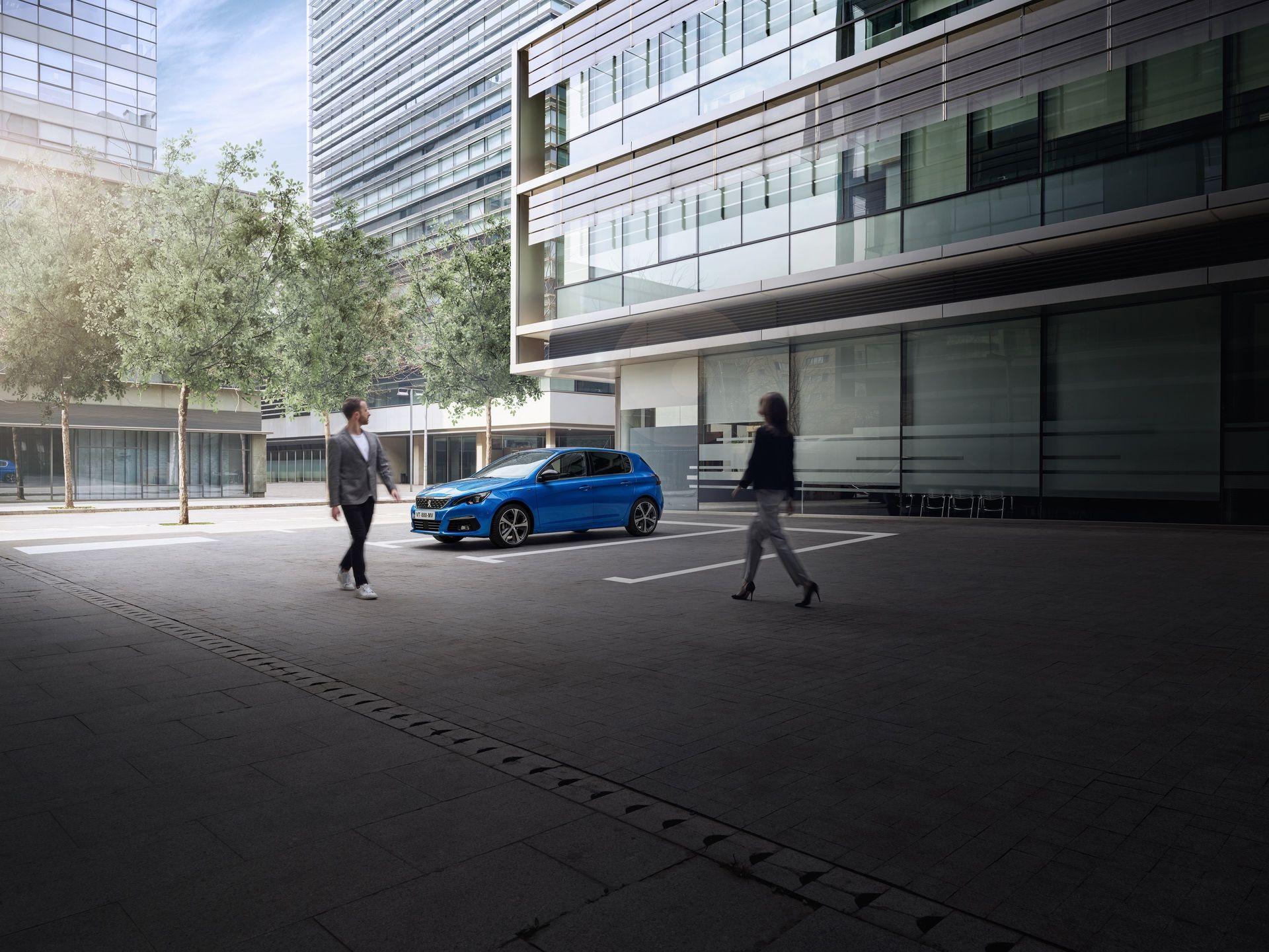 2020_Peugeot_308_facelift_0002