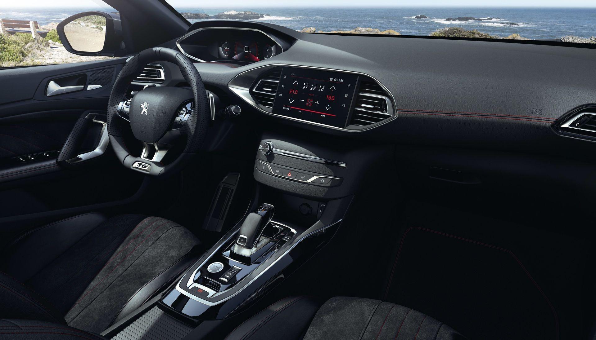 2020_Peugeot_308_facelift_0023