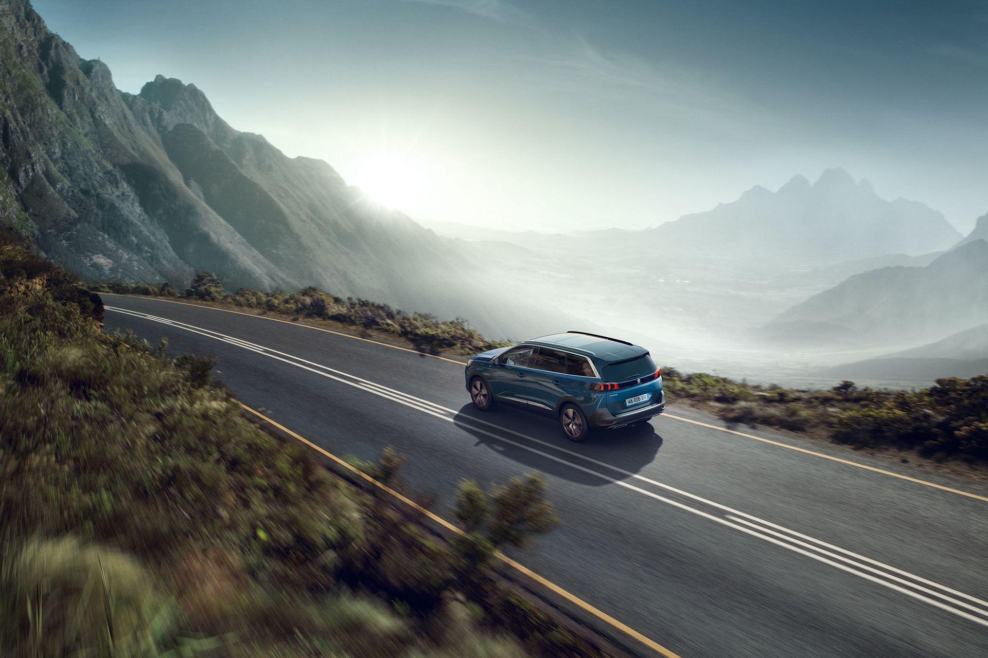 Peugeot_5008_facelift_0002