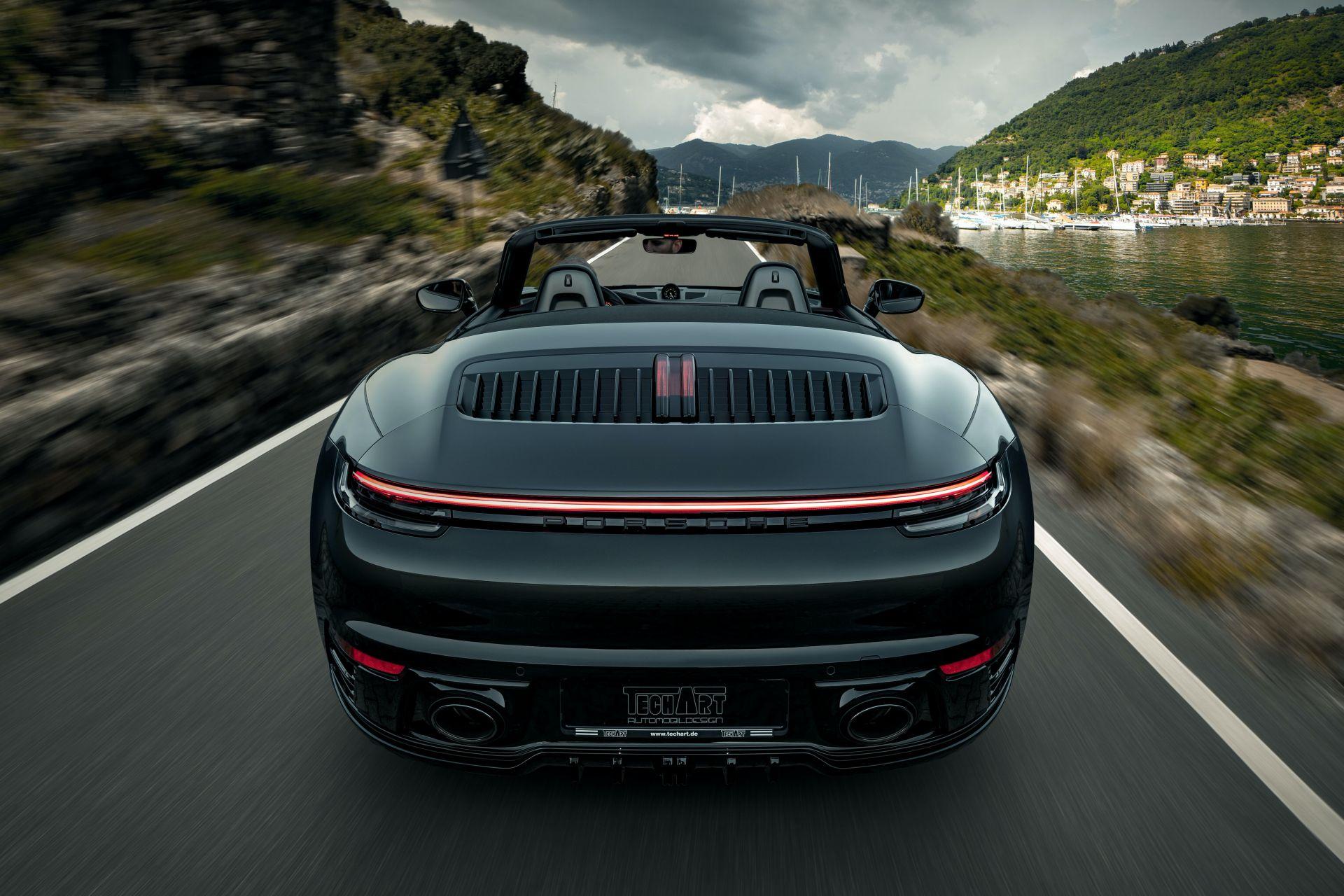 2020_Porsche_911_by_TechArt_0002
