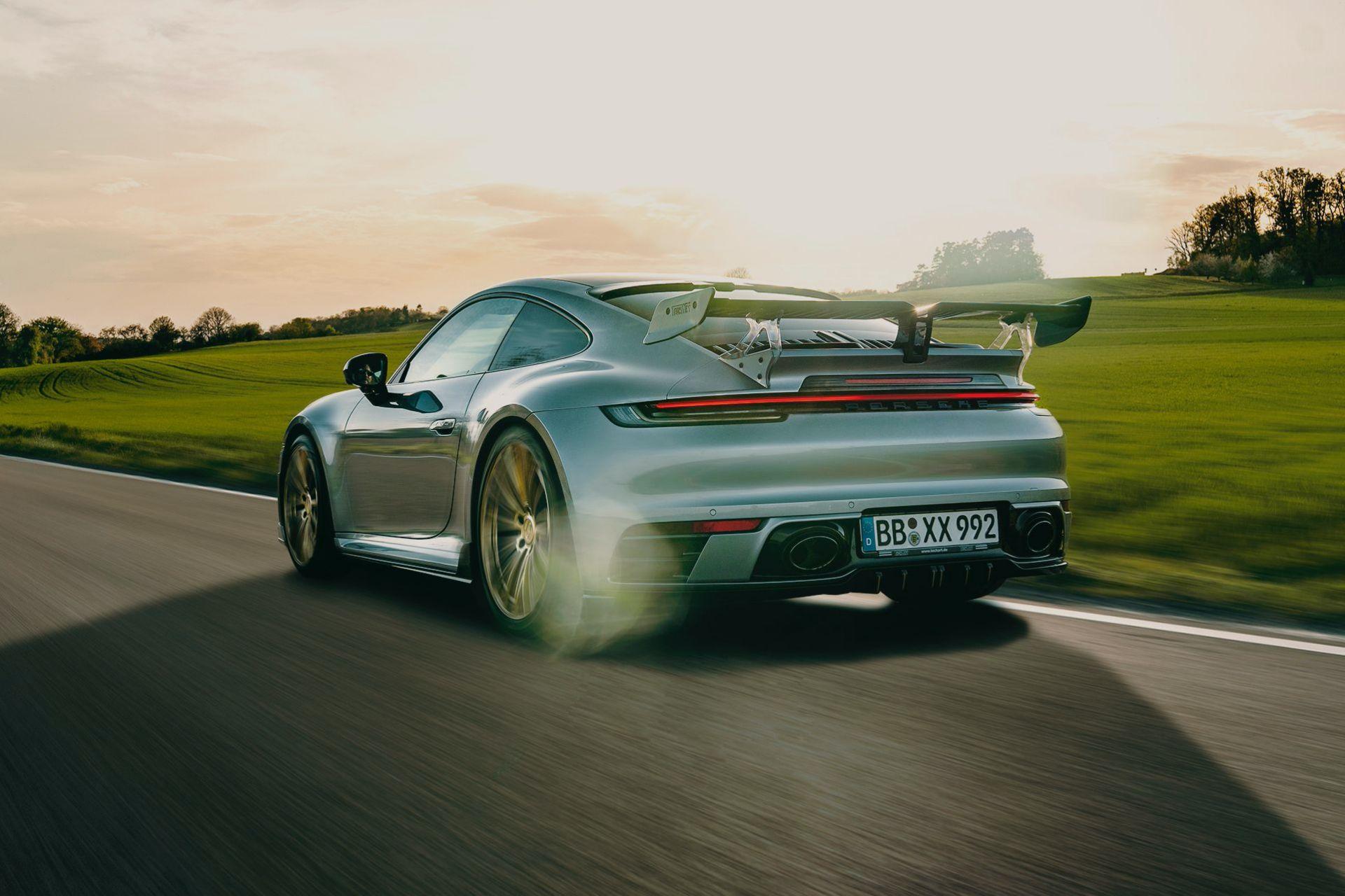 2020_Porsche_911_by_TechArt_0006