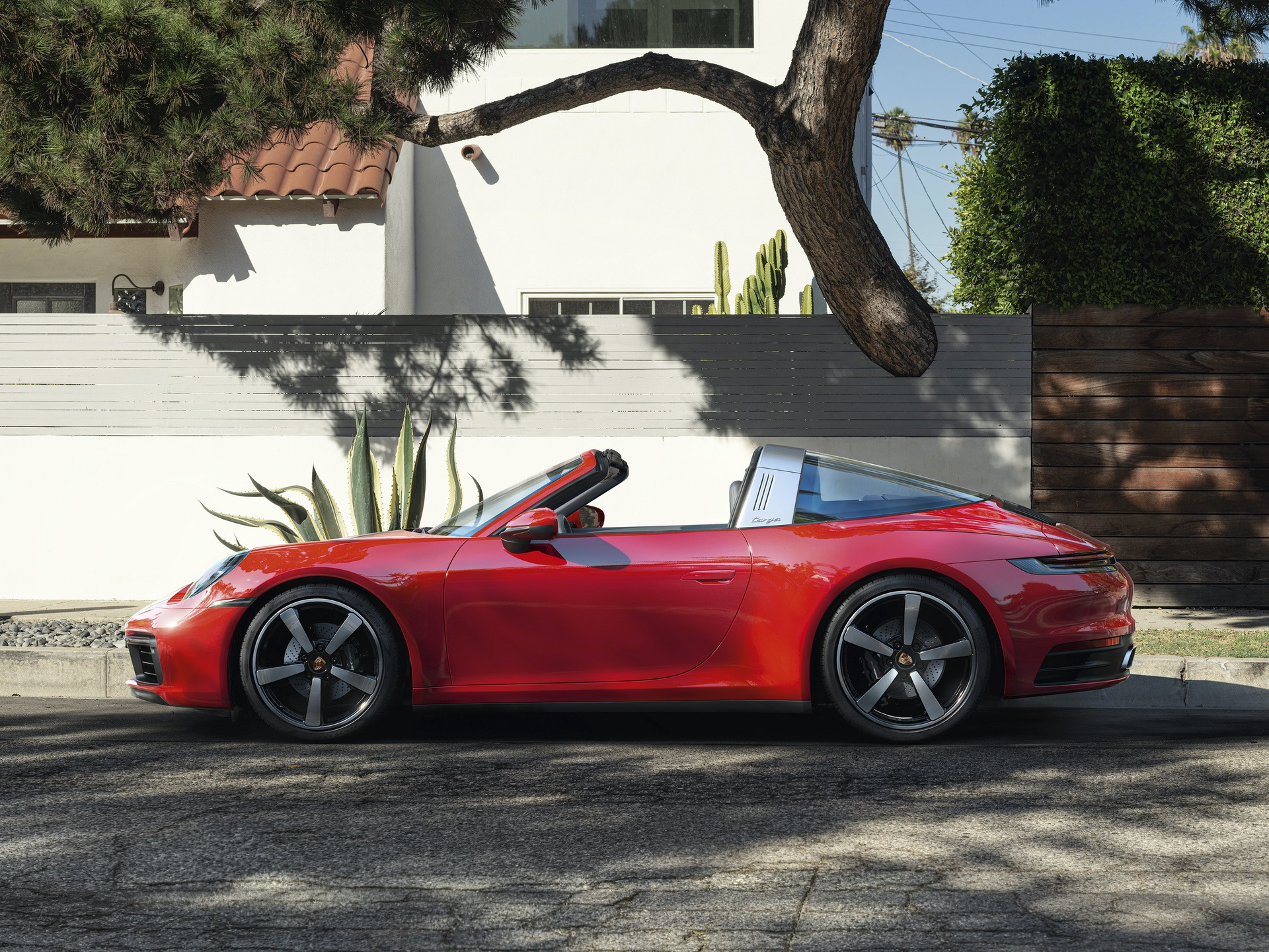 2020_Porsche_911_Targa_0000