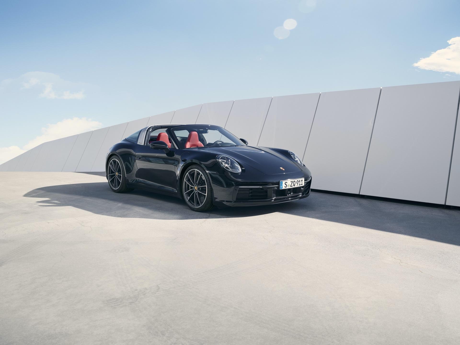 2020_Porsche_911_Targa_0004