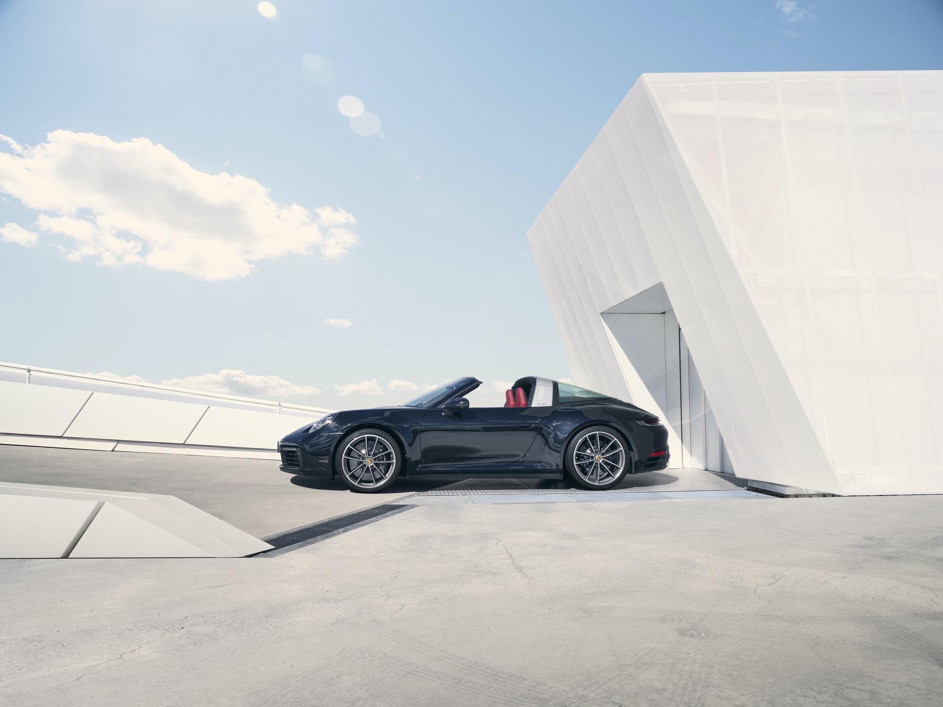 2020_Porsche_911_Targa_0006