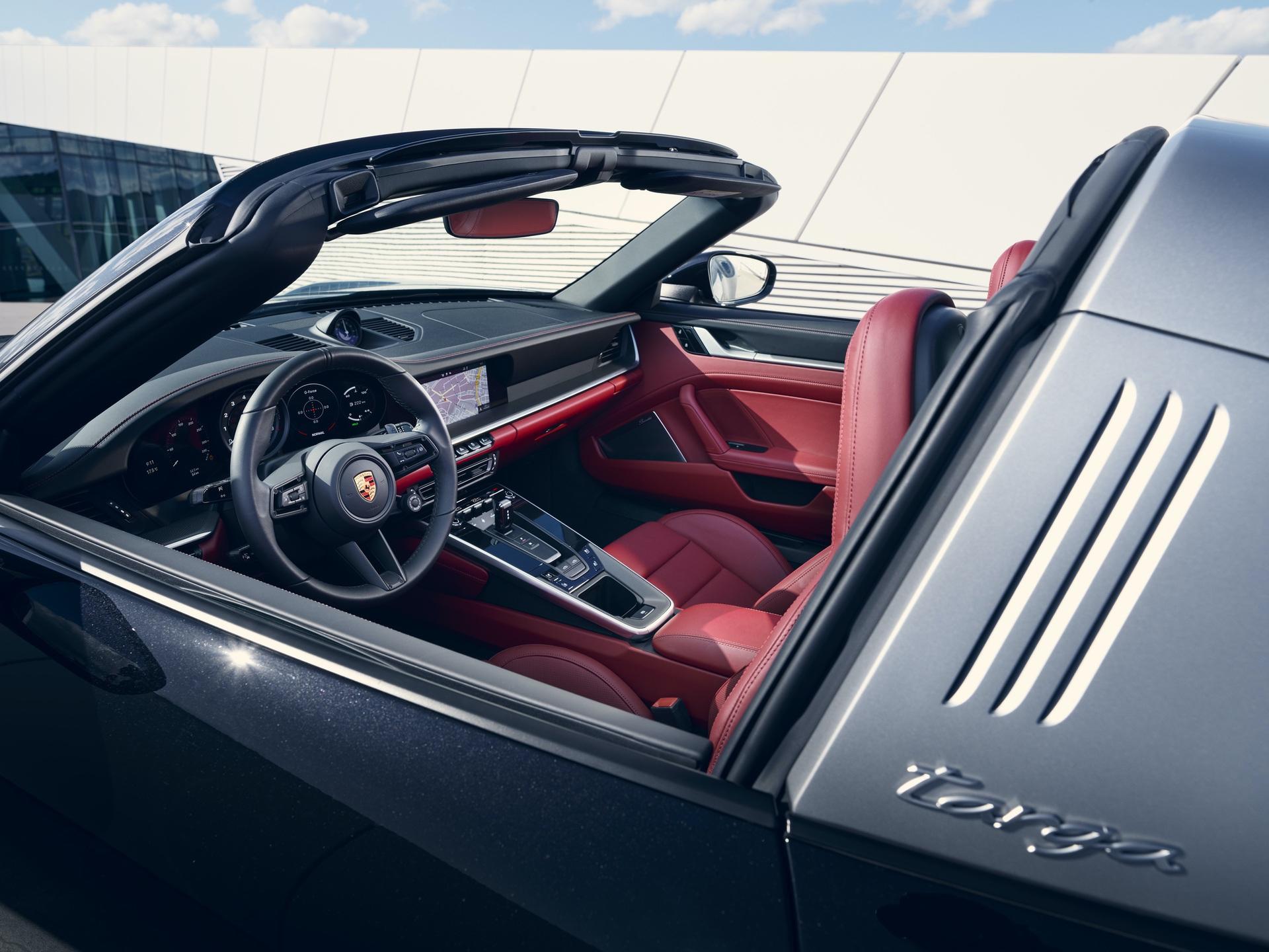 2020_Porsche_911_Targa_0007