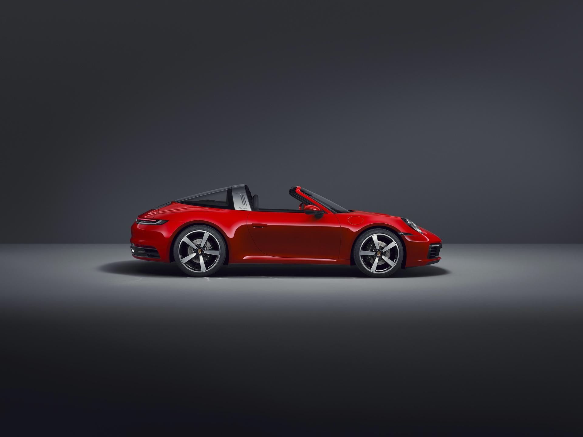 2020_Porsche_911_Targa_0012