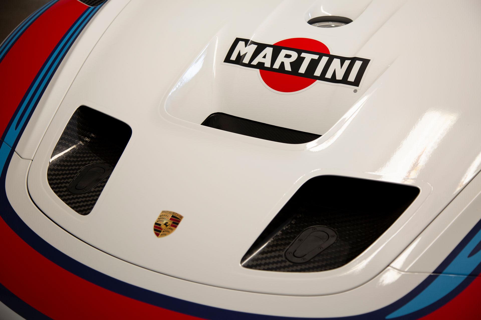 2020_Porsche_935_Martini_Livery_sale_0014