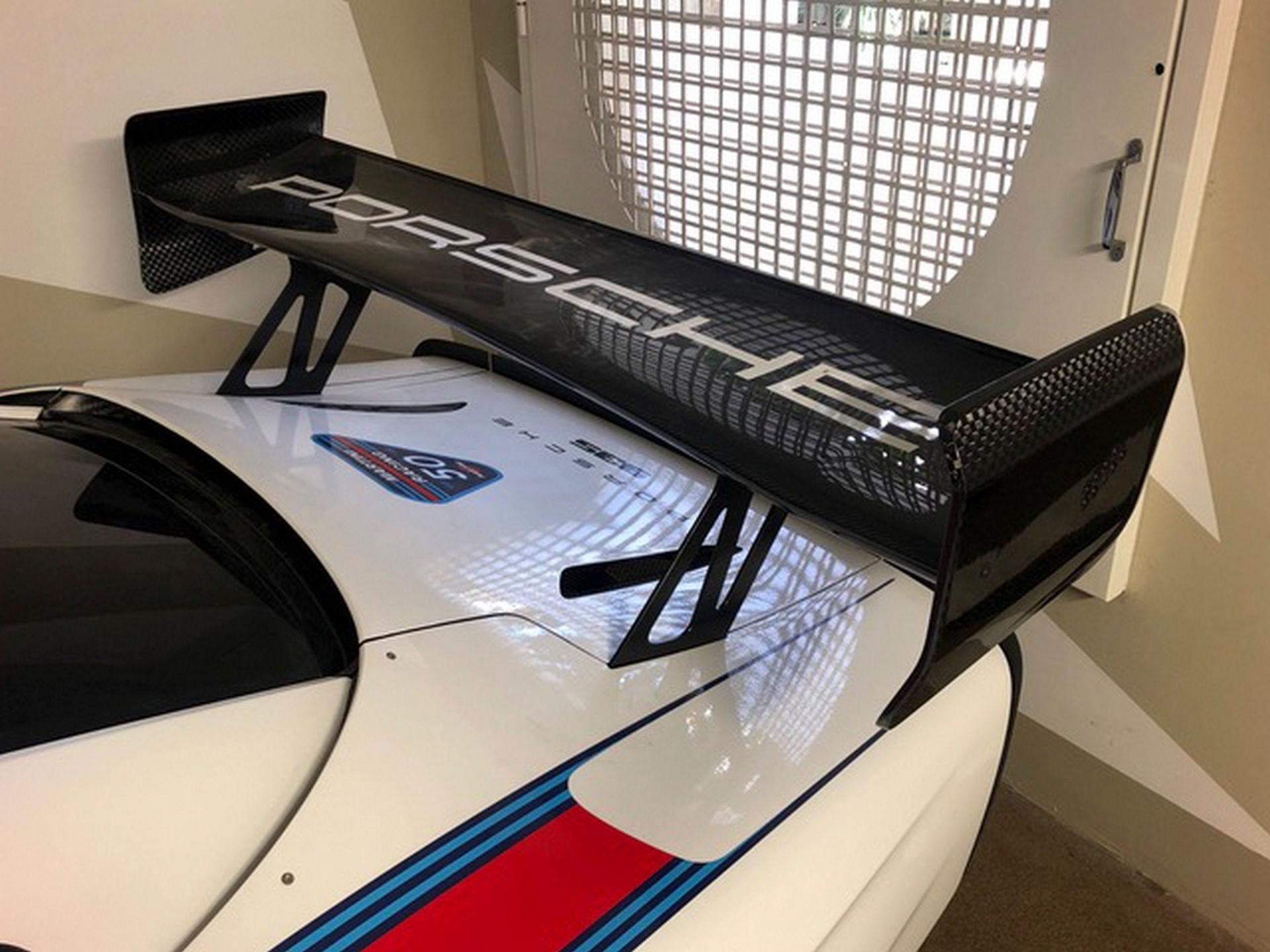 2020_Porsche_935_Martini_Livery_sale_0025