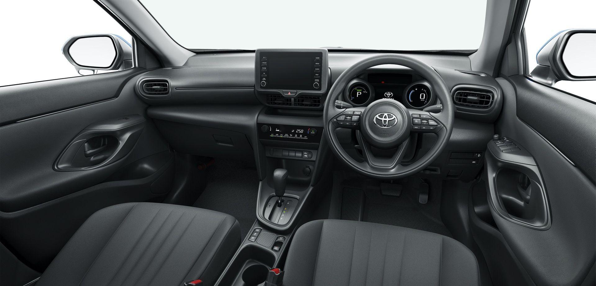 2020_Toyota_Yaris_Cross_JDM_0012