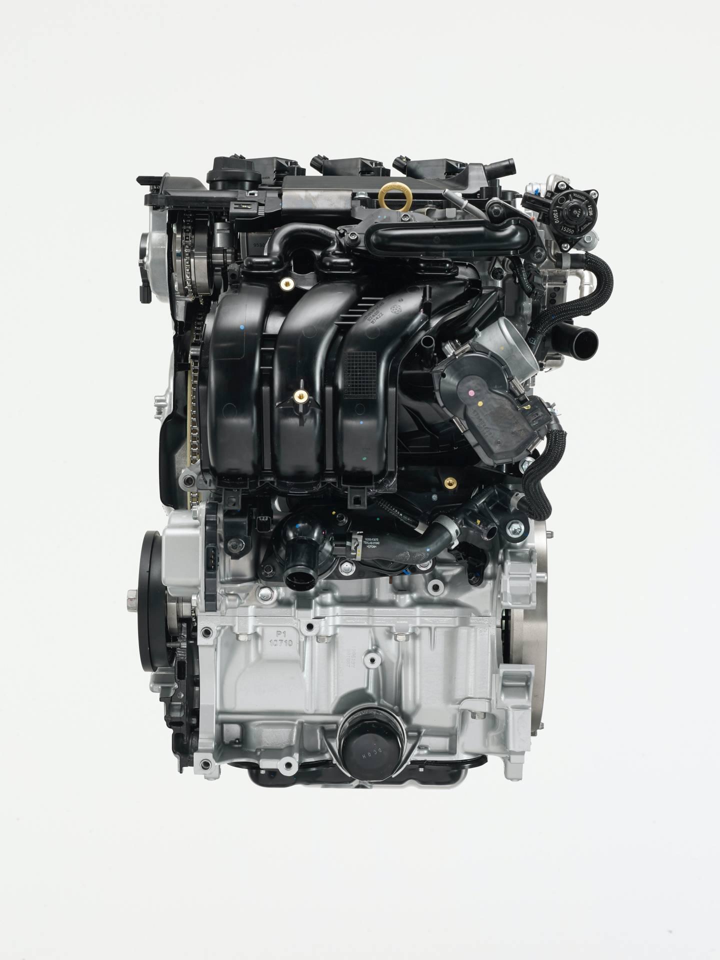 Toyota-Yaris-2020-19