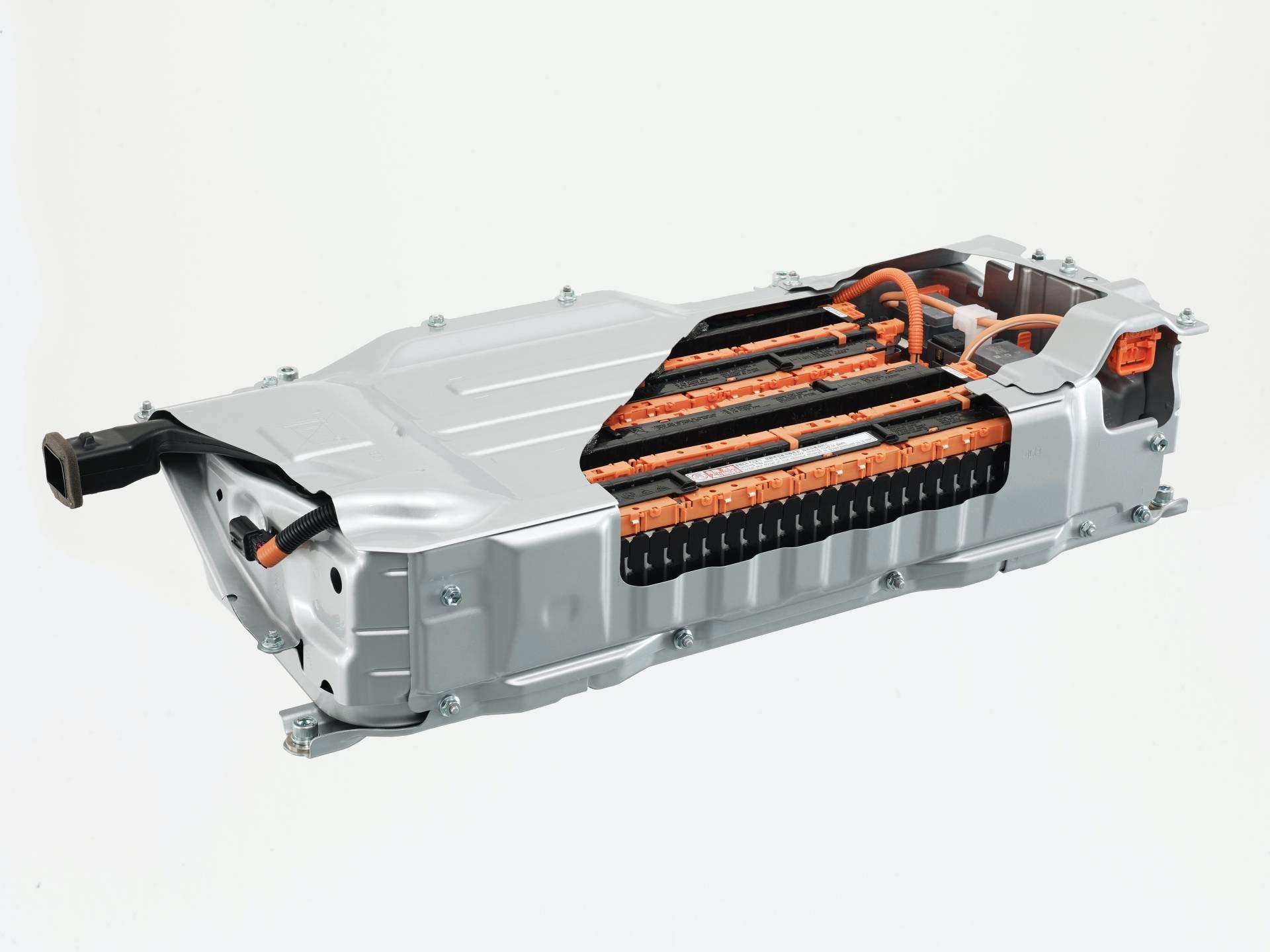 Toyota-Yaris-2020-21