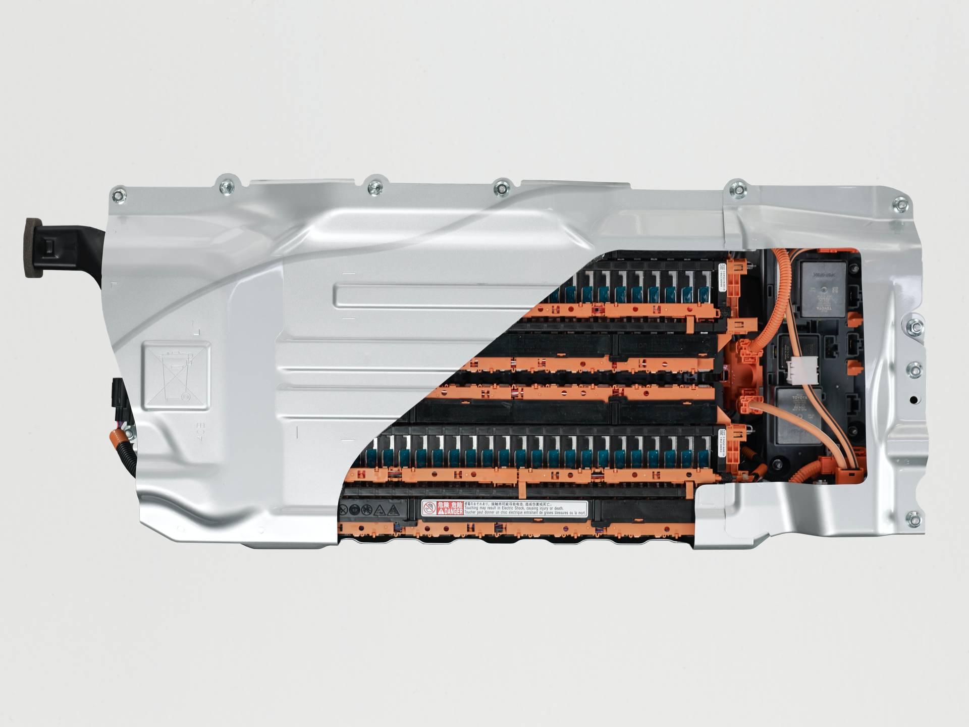 Toyota-Yaris-2020-22