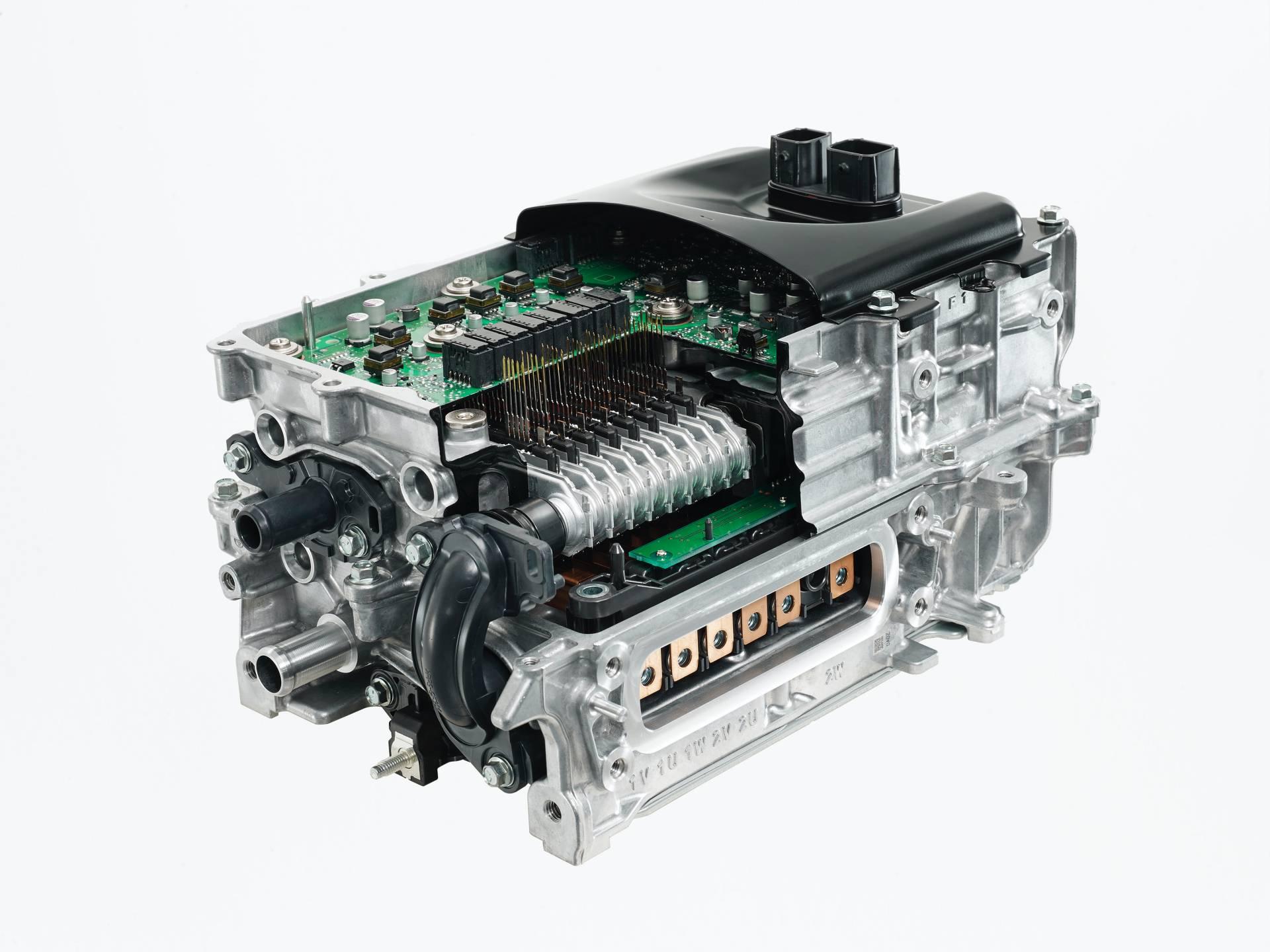 Toyota-Yaris-2020-23