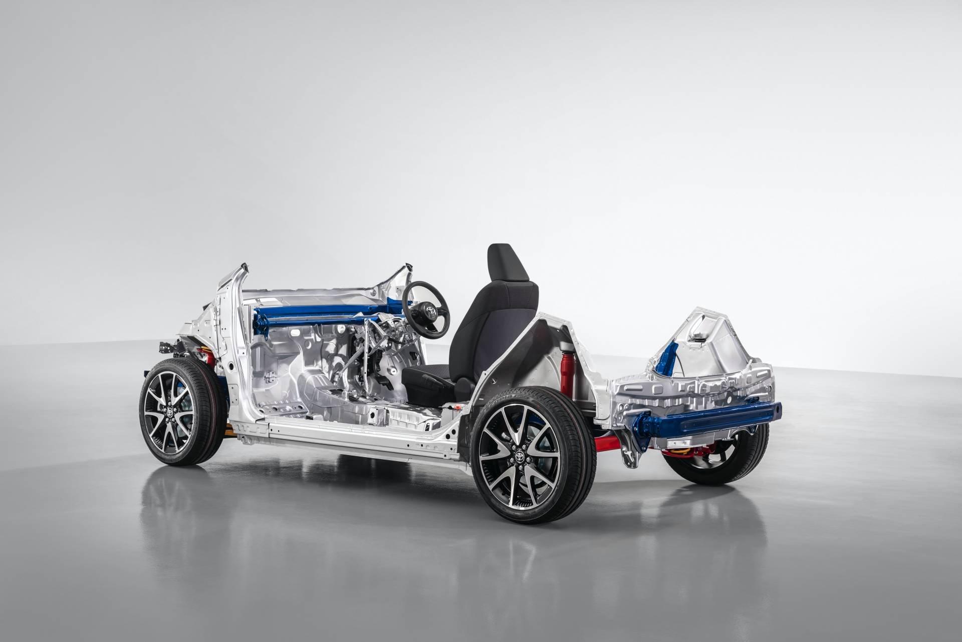 Toyota-Yaris-2020-47