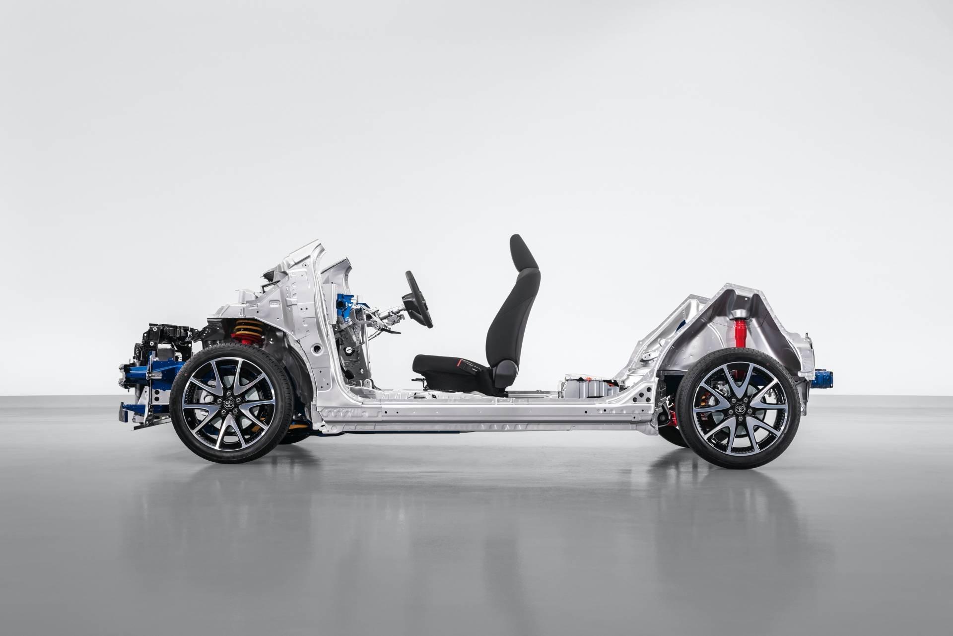 Toyota-Yaris-2020-49