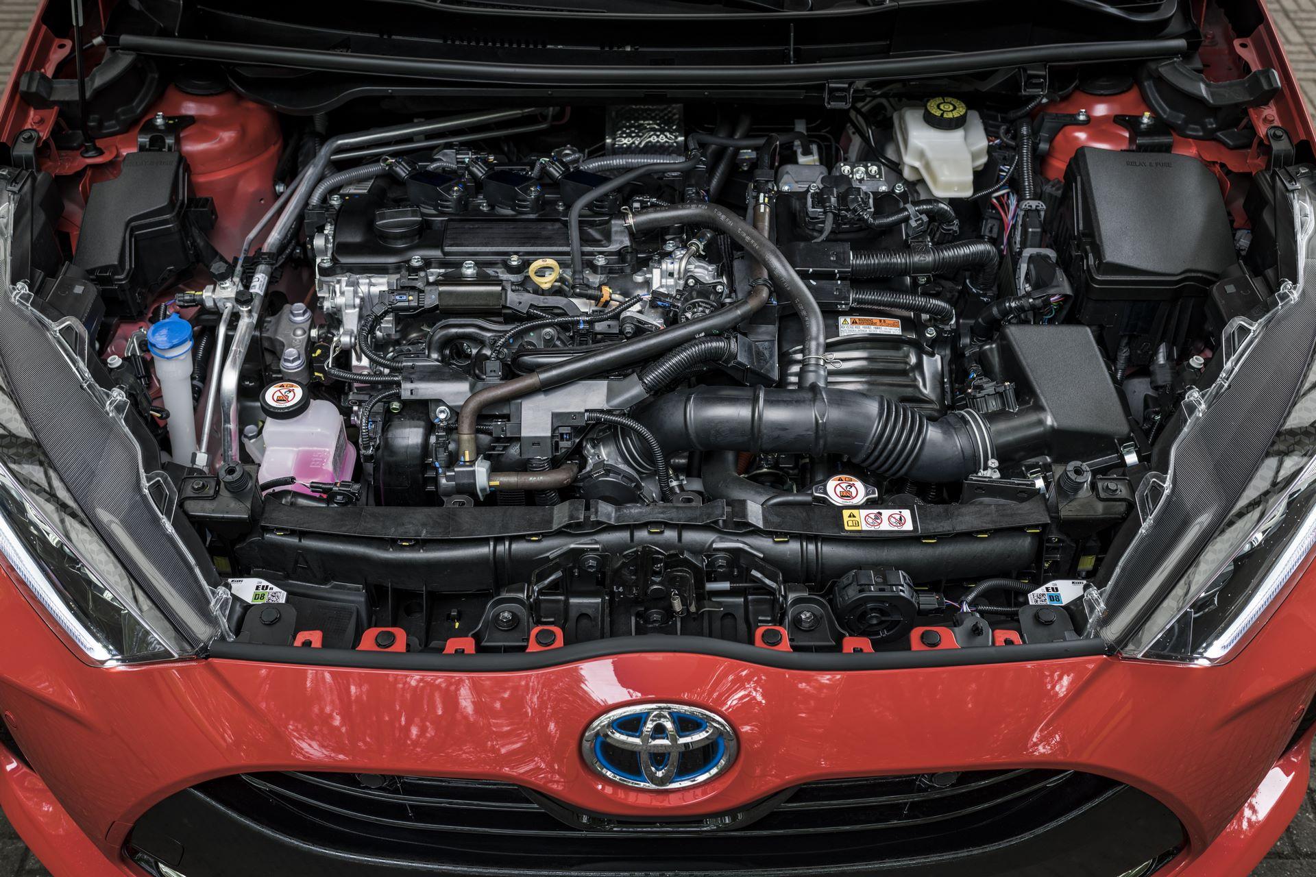 Toyota-Yaris-2020-114