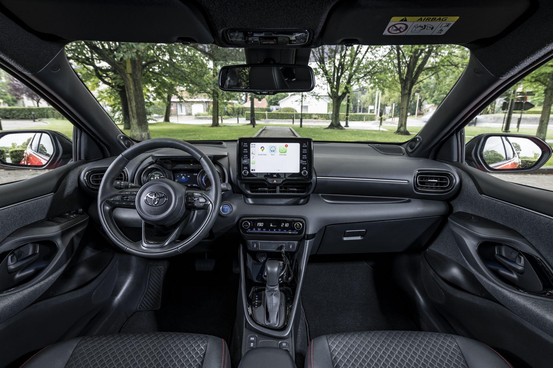 Toyota-Yaris-2020-119
