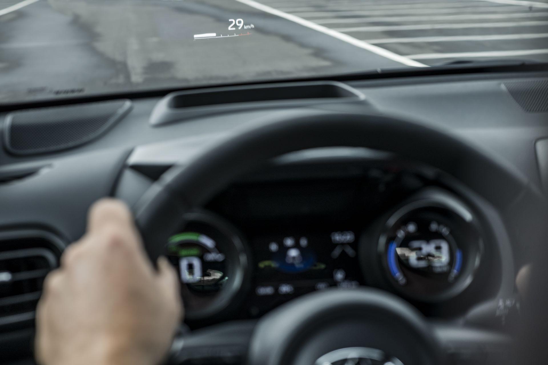 Toyota-Yaris-2020-121