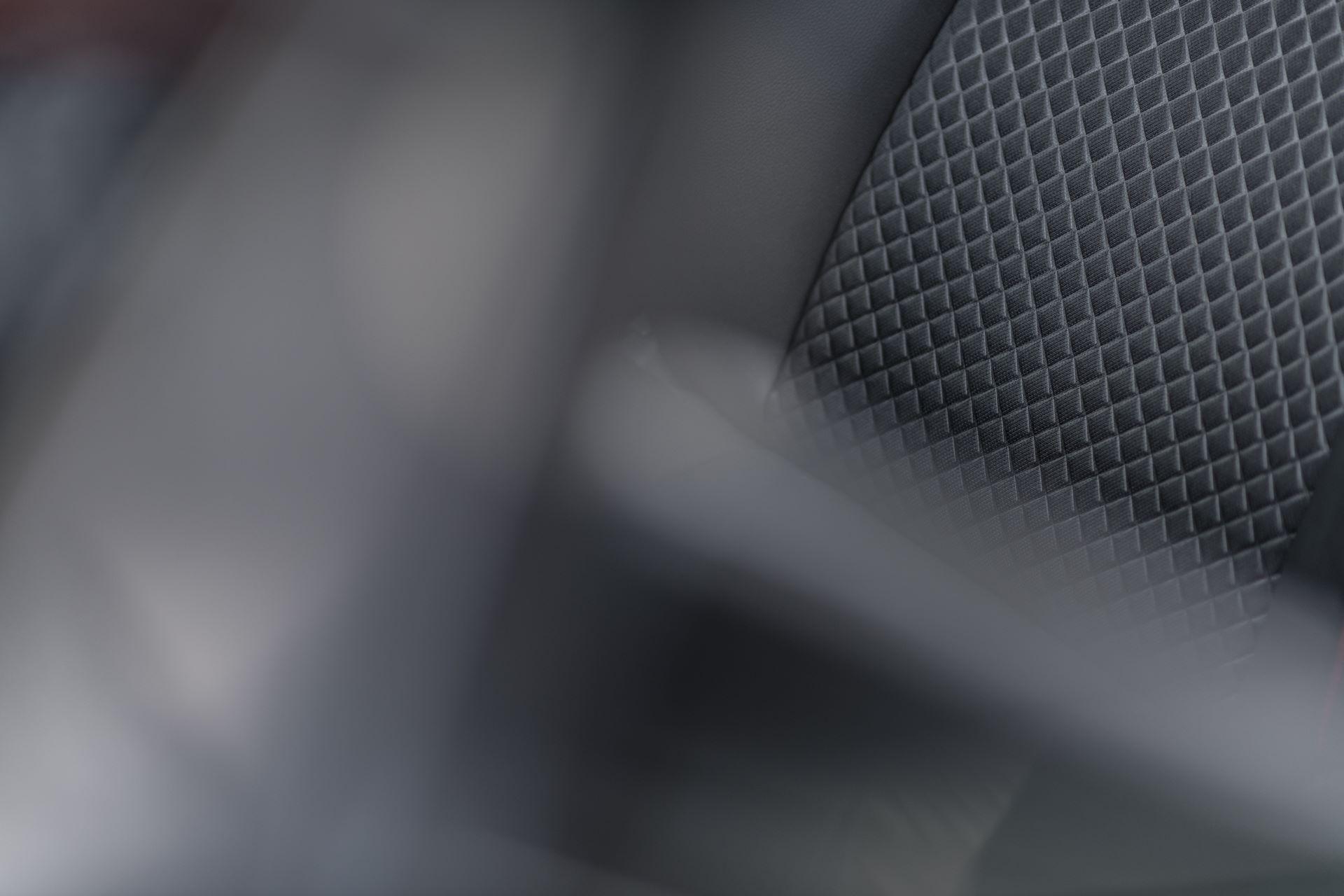Toyota-Yaris-2020-130