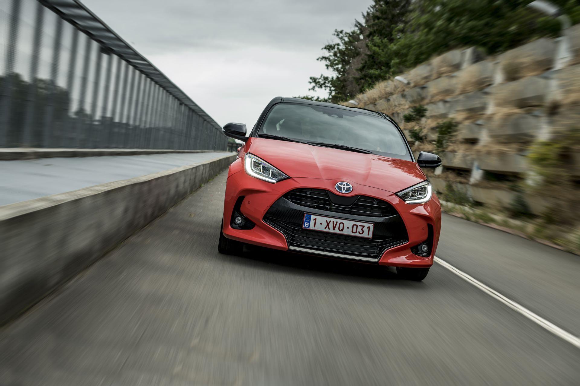 Toyota-Yaris-2020-62