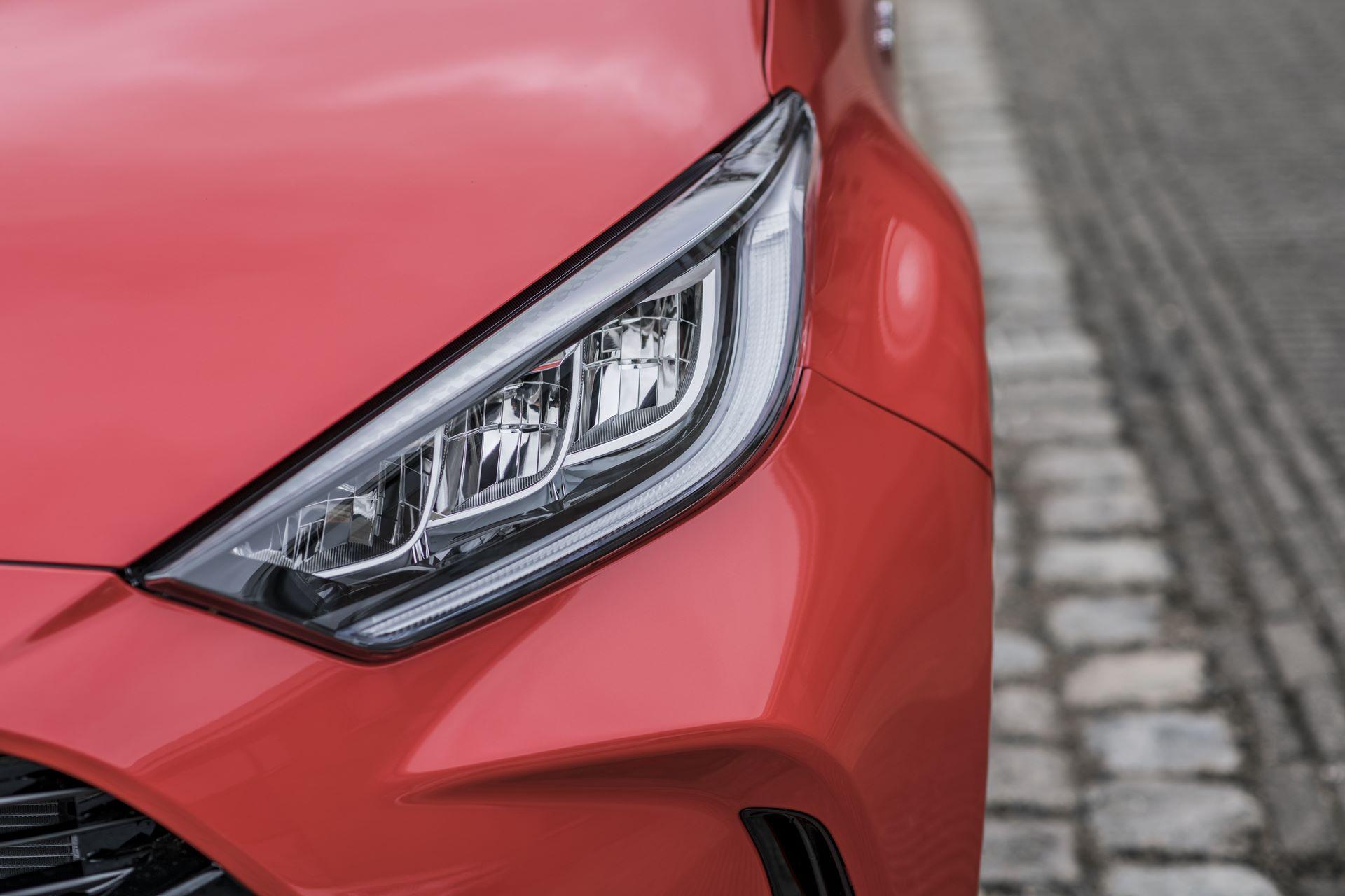 Toyota-Yaris-2020-98