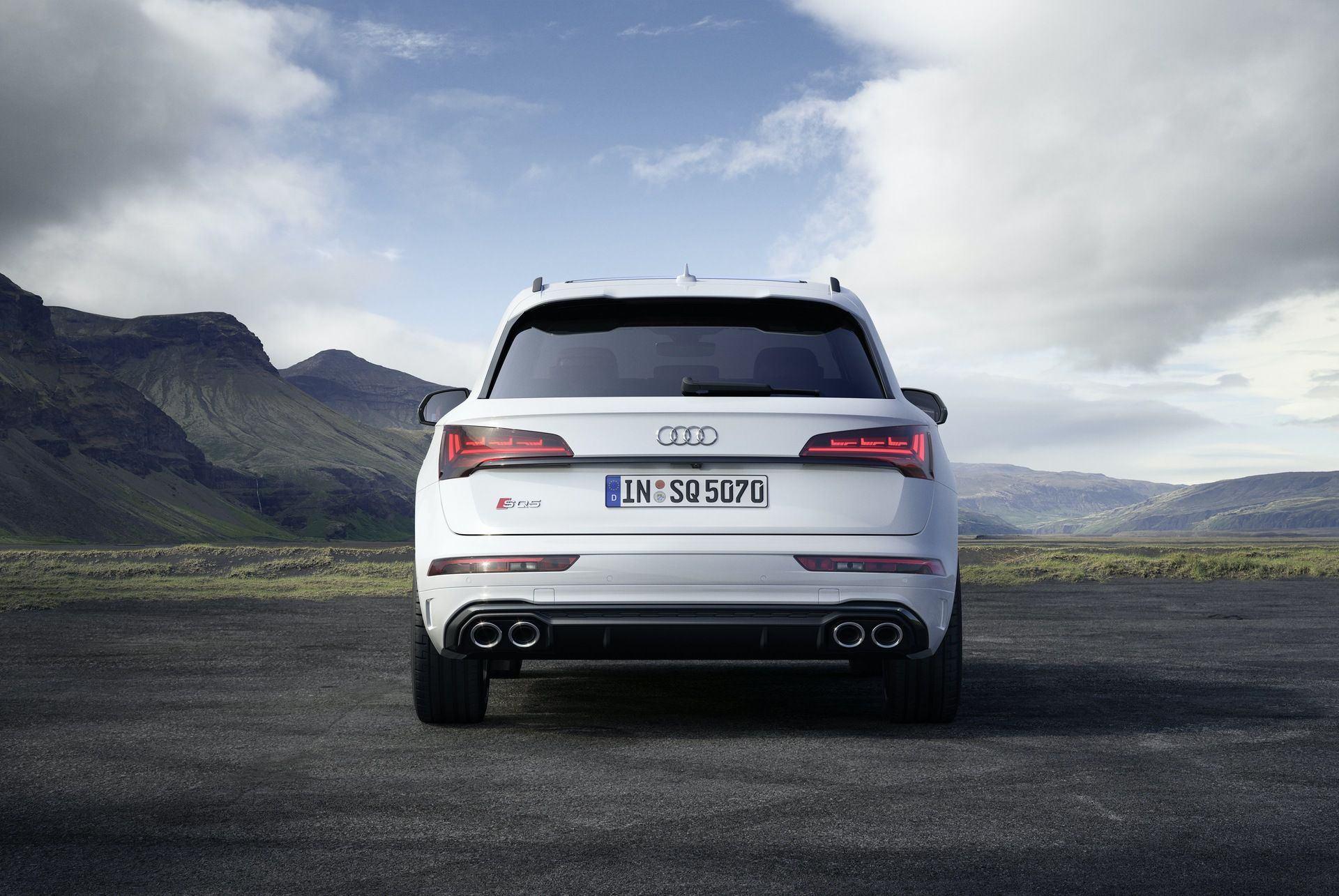 2021_Audi_SQ5_facelift_0008