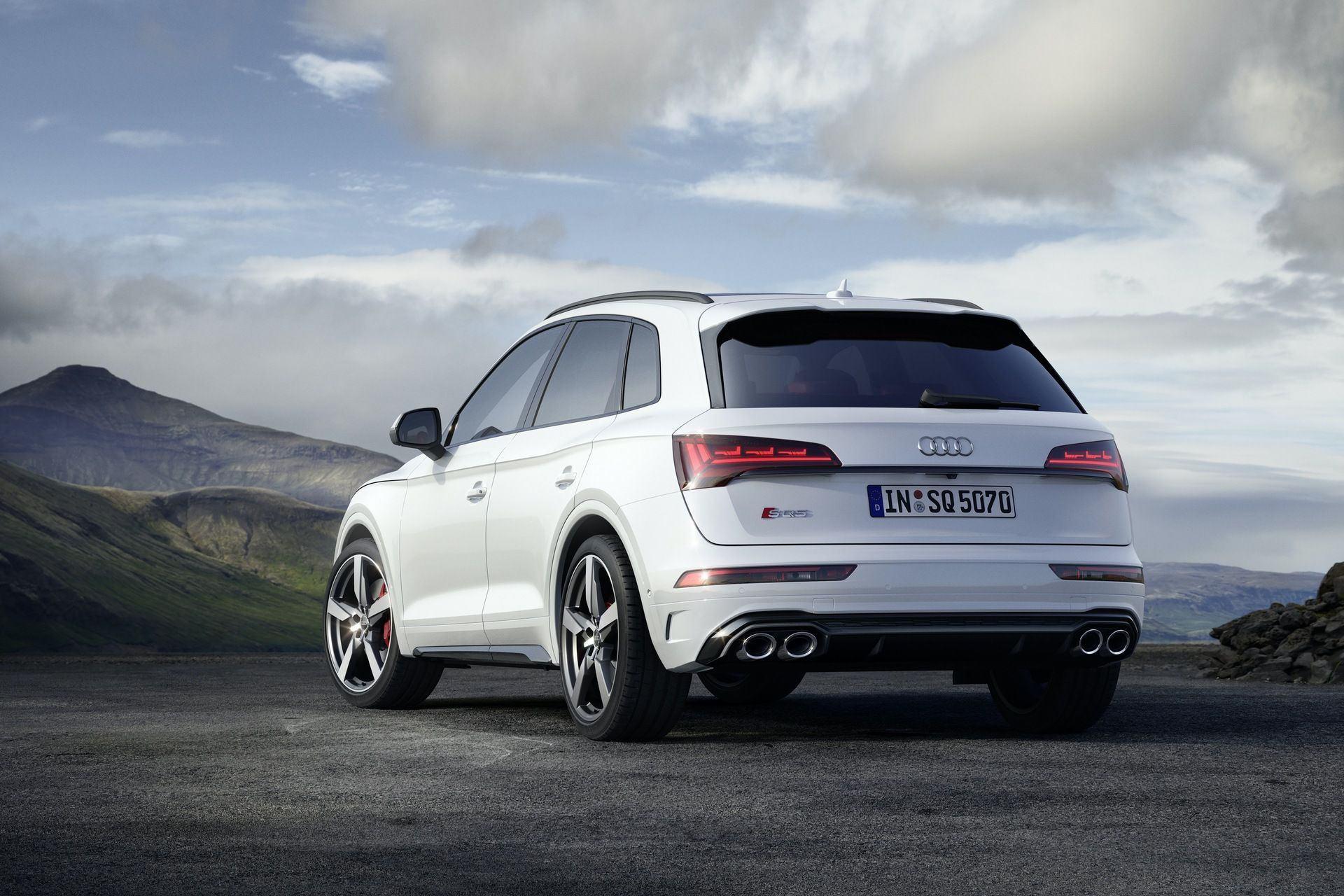 2021_Audi_SQ5_facelift_0010