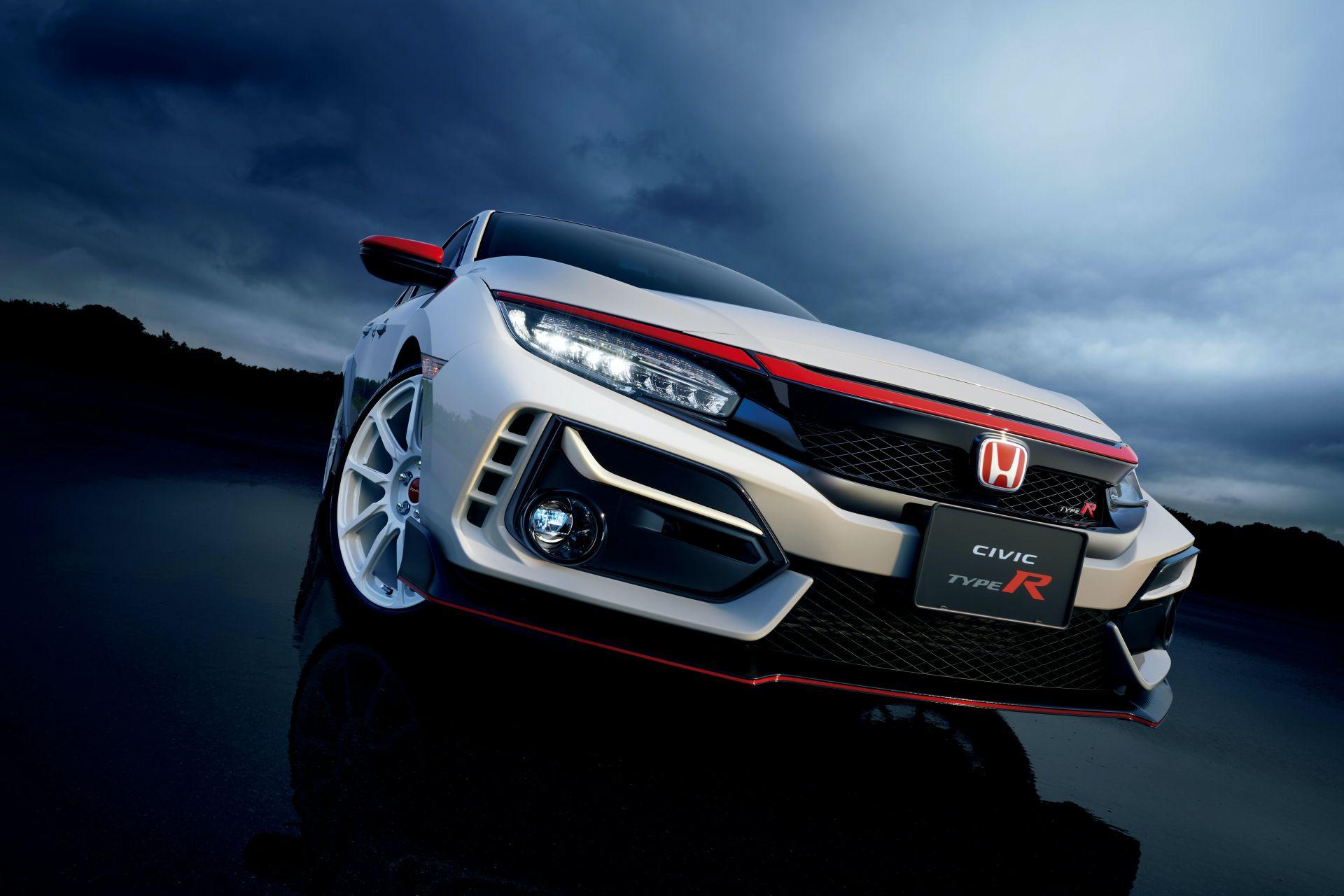 2021_Honda_Civic_Type_R_Modulo_0002