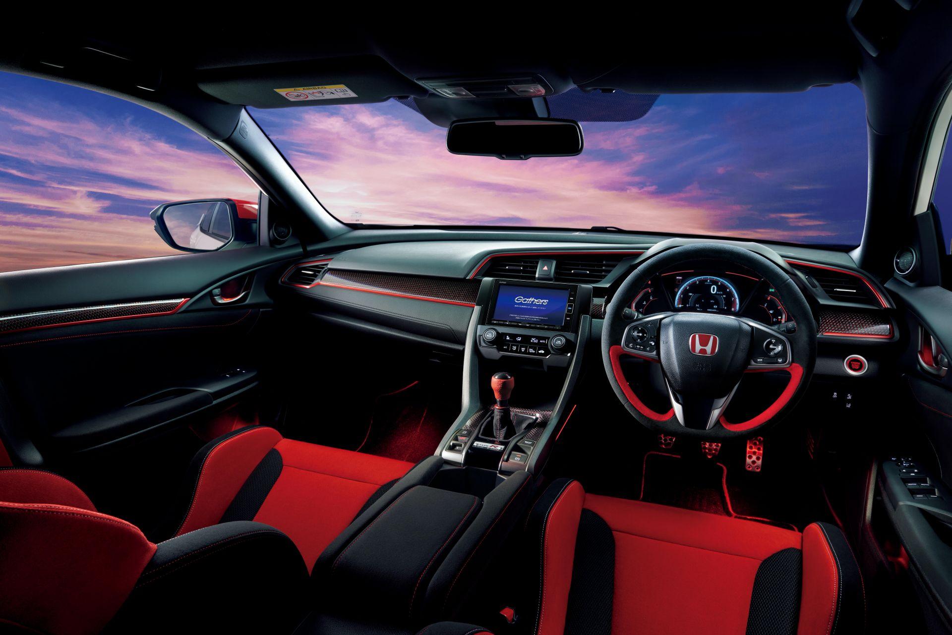 2021_Honda_Civic_Type_R_Modulo_0010