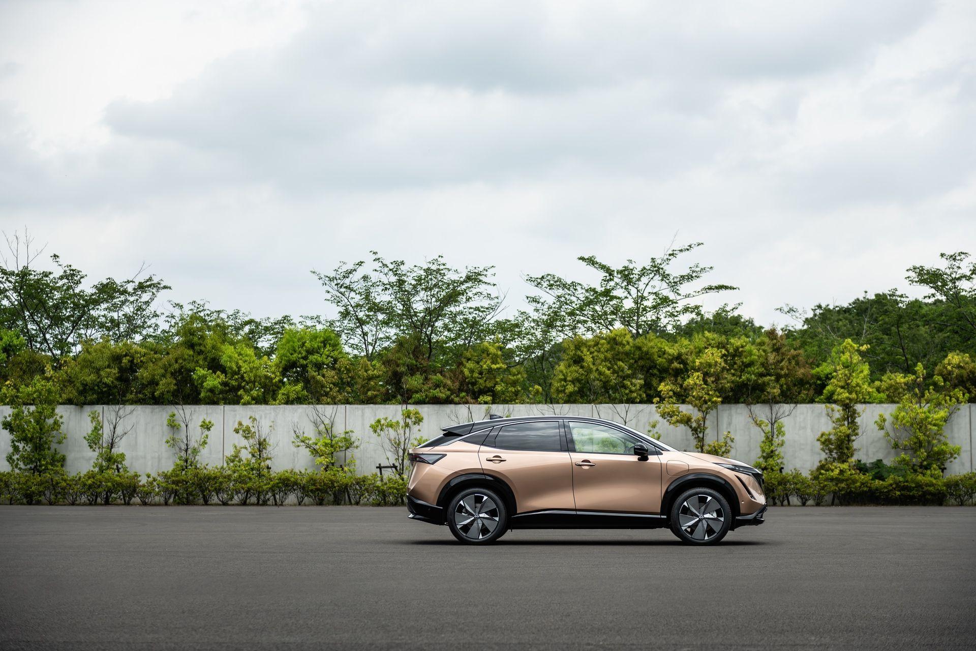 2021_Nissan_Ariya_0044