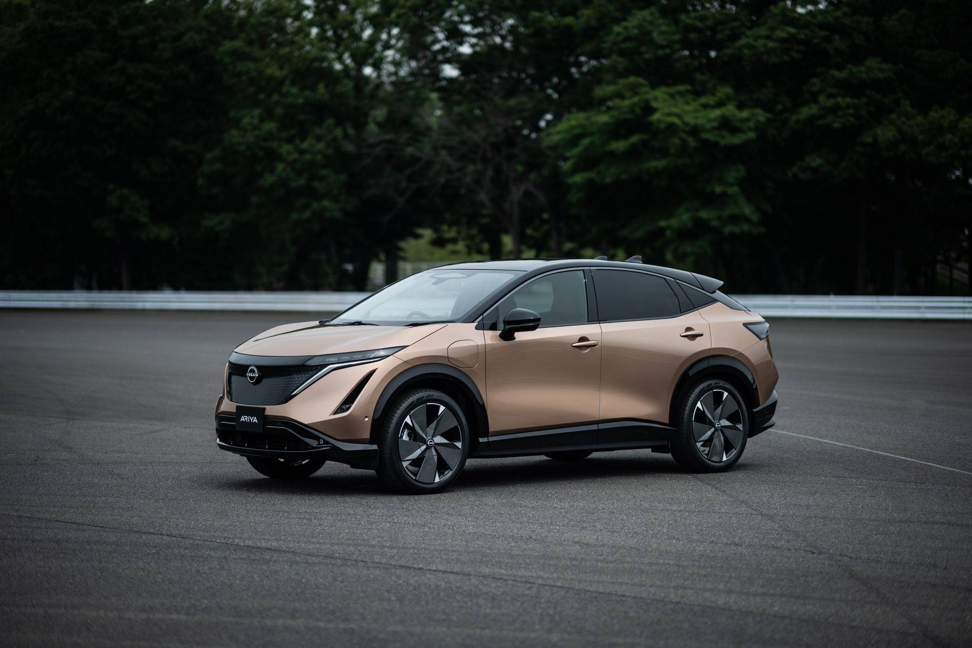 2021_Nissan_Ariya_0045