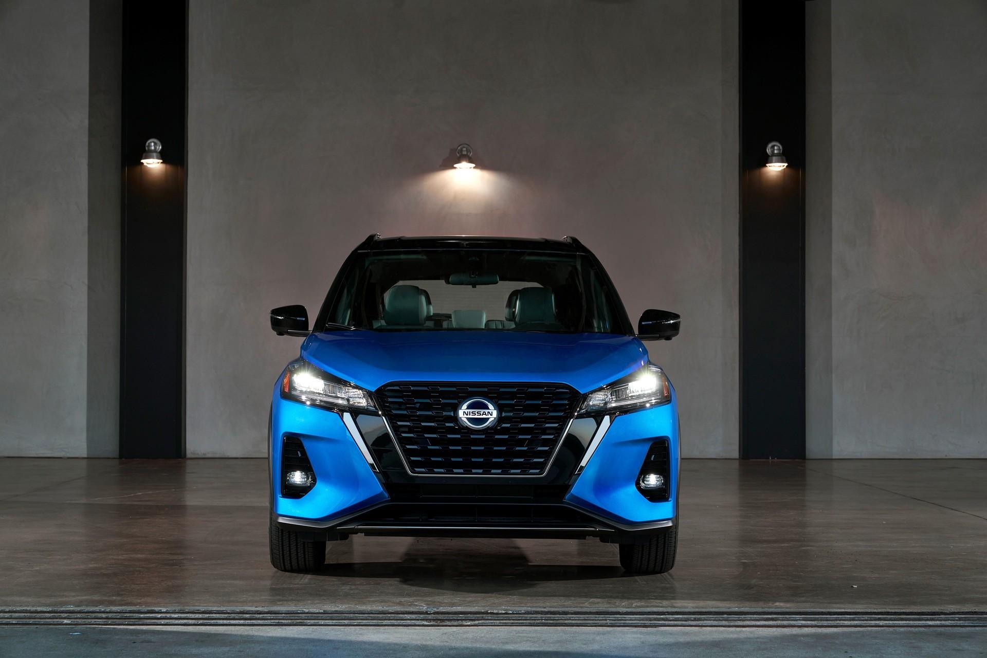 2021-Nissan-Kicks-8