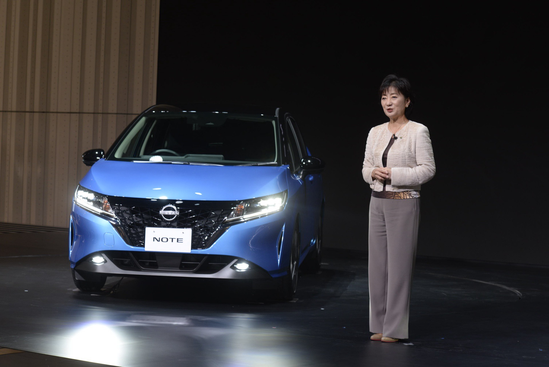 2021_Nissan_Note_0018